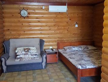 Комната №3 в гостевом доме Одиссей